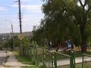 Noul teren de joacă pentru copii se află chiar la intrarea în sat, în parcul din apropierea Primăriei satului Colonița